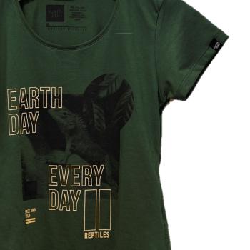 T-shirt Earth Zoo Feminina - Lagarto Verde
